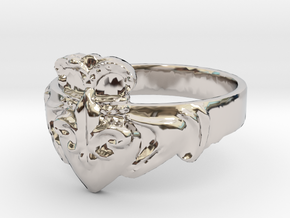 NOLA Claddagh, Ring Size 7 in Platinum