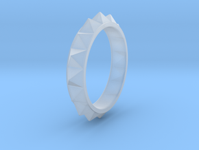 Pyramid Ring in Smooth Fine Detail Plastic
