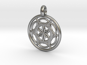 Sinope pendant in Natural Silver