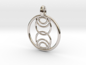 Kore pendant in Platinum