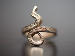 Kiekura, Size 6.5 (16.9 mm) in Polished Bronzed Silver Steel