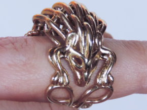 Hedgehog Ring in Polished Brass