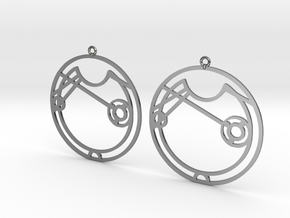 Alice / Alise - Earrings - Series 1 in Fine Detail Polished Silver