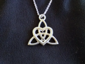 Celtic Heart Pendant in Platinum