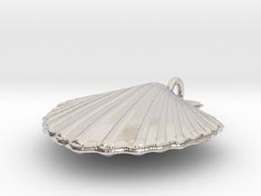 Scallop Necklace in Platinum