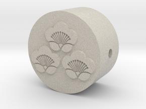 家紋の数珠ブレスレットパーツ(三つ盛り匂い梅) in Natural Sandstone