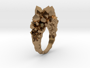 Crystal Ring Size 8,5 in Natural Brass
