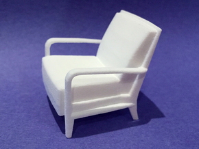 Serengeti Lounge Chair 1:24 scale in White Natural Versatile Plastic