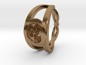 Triskelion insignia ring Ring Size 7 in Natural Brass