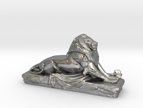 Lion sculpture  in Natural Silver