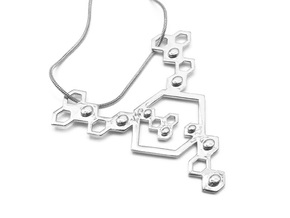 QeensNest pendant/necklace in Fine Detail Polished Silver