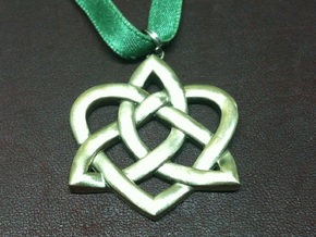 Heart Knot - small in Polished Nickel Steel