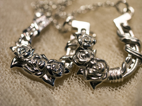Luck N Roses Pendant Right in Polished Silver
