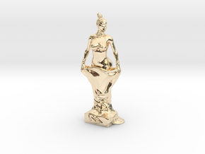 Kim Kardashian sculpture in 14K Yellow Gold