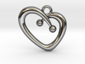 Stylish Heart in Fine Detail Polished Silver