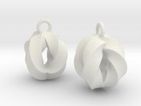 Crossing-Rings-EarRings in White Natural Versatile Plastic