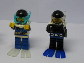 Minifig Splitfin without blade angle  in White Strong & Flexible Polished