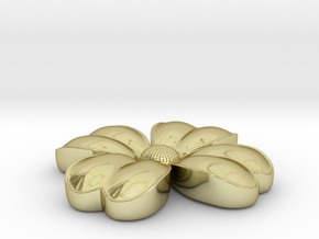 Flower coulomb in 18k Gold