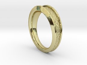 Detailed Ring in 18k Gold Plated Brass