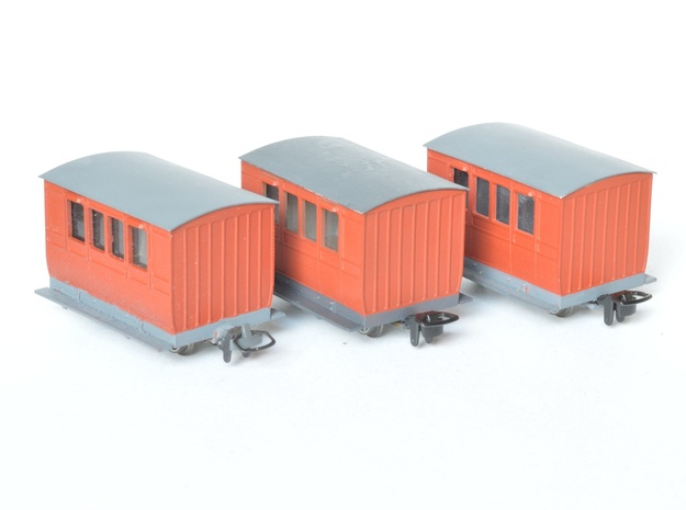 3x NWNGR 4w coach (009 scale) in Smooth Fine Detail Plastic