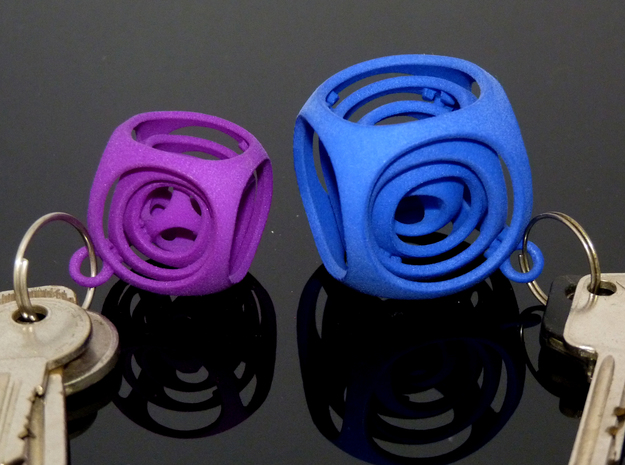 Gyro the Cube (S) (Ring + Smooth) 3d printed Extra small (left) vs Small (right)