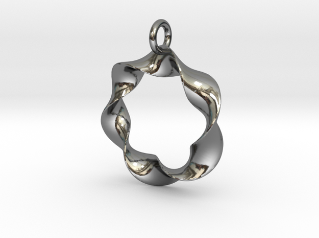 In a Twist in Fine Detail Polished Silver