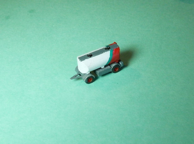 2-Axle Tank-Trailer, 2-Achs Tank-Anhänger 1/285 6m in Smooth Fine Detail Plastic
