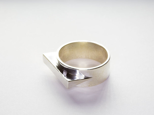 JetSet Triangle Ring in Polished Silver: 8 / 56.75