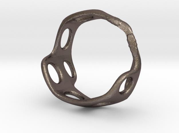 s3r025s8 GenusReticulum in Polished Bronzed Silver Steel