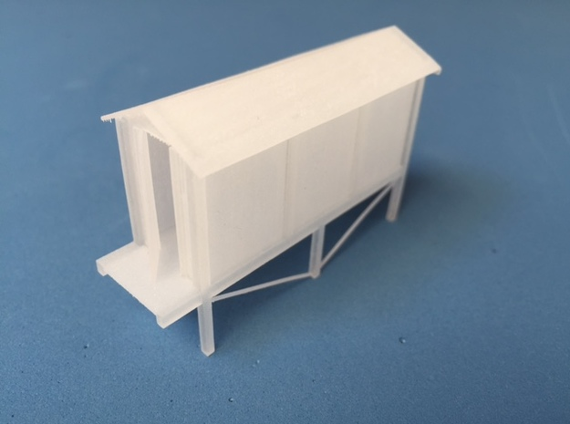 Concrete relay hut (HO) With stand in Smooth Fine Detail Plastic
