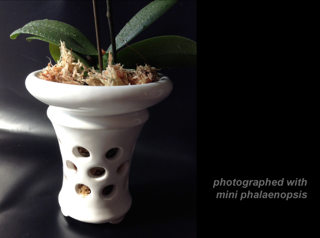 "Epiphyte Planter ""Proffer"" 3d printed Printed in glazed ceramics."