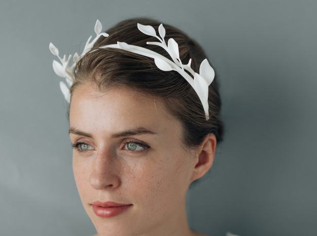 Leaf & Branch Crown in White Strong & Flexible