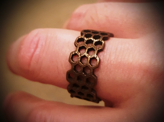 Honeycomb fashion Ring Size 12 in Polished Bronze Steel
