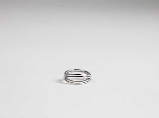 Melxing Ring in Rhodium Plated