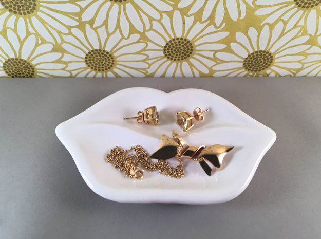 Lips Jewelry Dish in Gloss White Porcelain