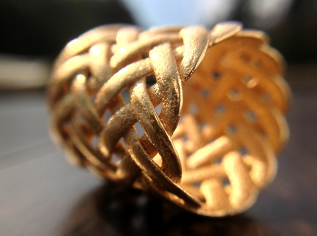 Joyce's Tapered Ring 3d printed Gold Plated Glossy Material