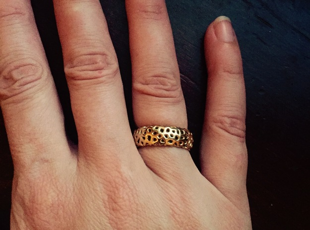 Cellular Ring Size 5 in 18k Gold Plated Brass
