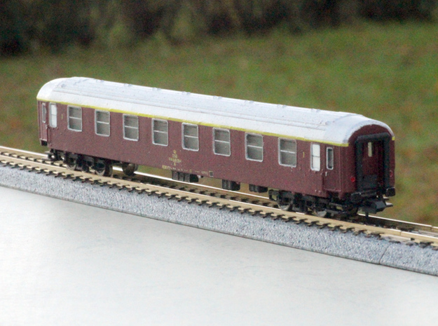 DSB class A coach N scale in Smooth Fine Detail Plastic