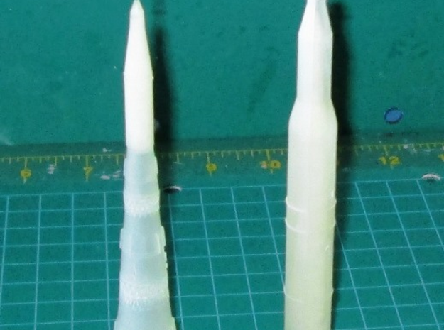 1/700 NASA Saturn 5 Rocket Hollowed in Frosted Ultra Detail
