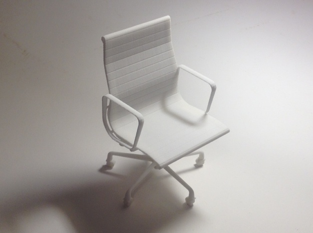 "Eames Chair - 4.4"" tall in White Natural Versatile Plastic"