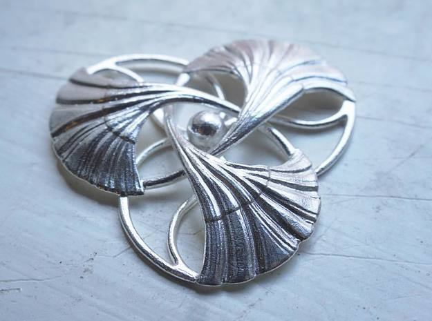 Ginkgo Brooch  in Natural Silver