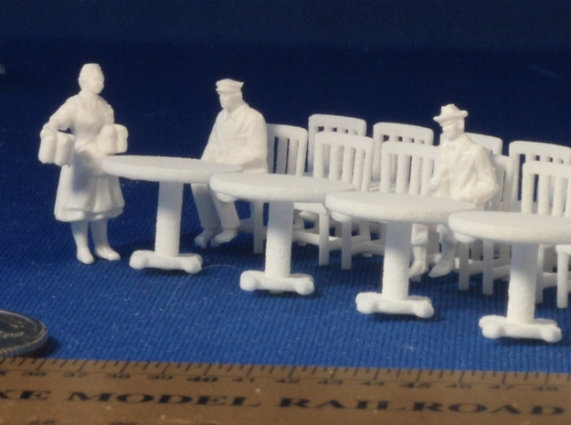 5 Round Tables and 20 Chairs HO Scale