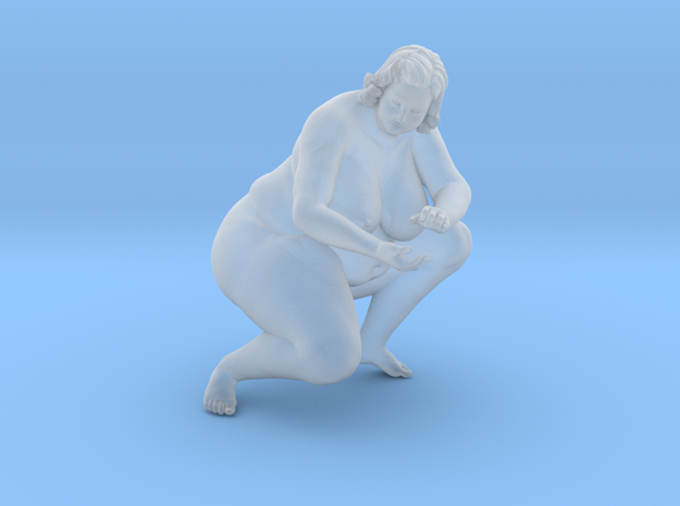 1/32 Fat Woman 009 in Smooth Fine Detail Plastic