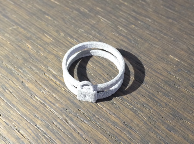 Padlock Double-banded Ring in Metallic Plastic