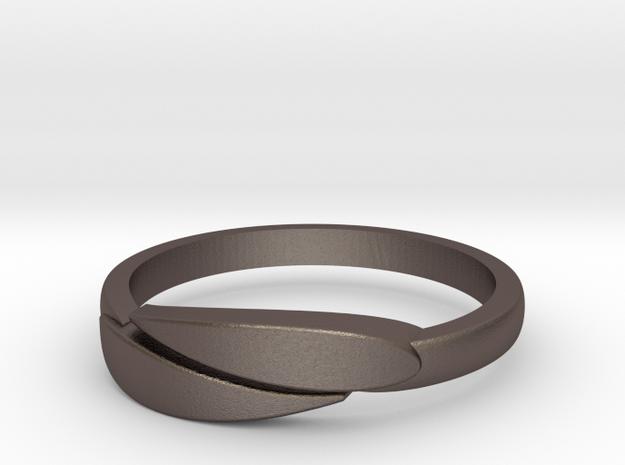 Ring Leaf Steel in Stainless Steel