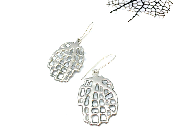 Sea Fan Ear Pendant in Polished Silver
