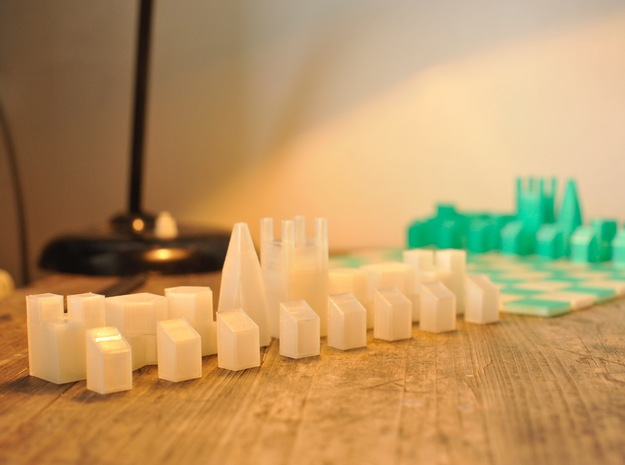 Foldable Chess Set Pieces (16 Pieces) in White Strong & Flexible