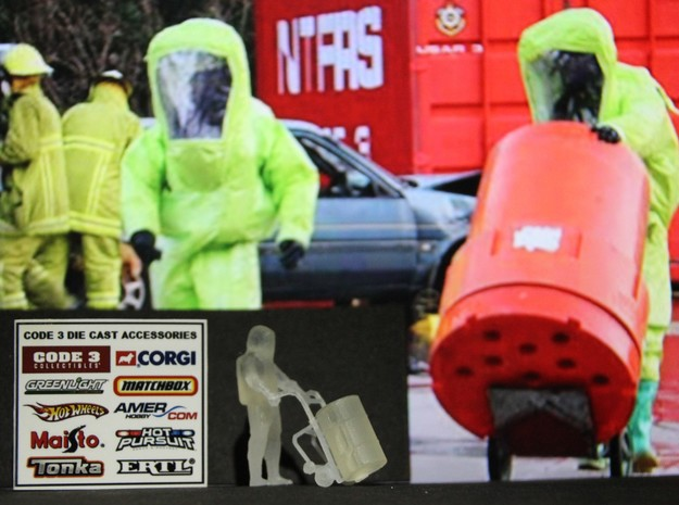 Level A Hazmat Technician w Drum on Dolly, 1/64 in Smooth Fine Detail Plastic