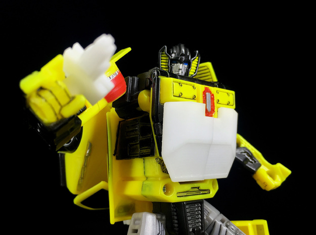 CW : Sunning kit for Sunstreaker in Yellow Processed Versatile Plastic