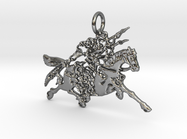 Khan Pendant in Polished Silver